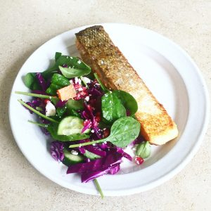 salmon-and-pomegranate-salad